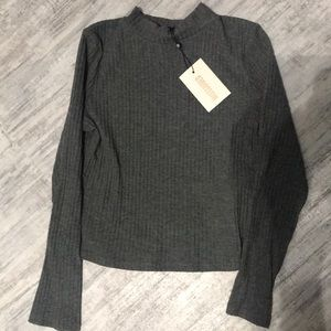 BRAND NEW MISSGUIDED LONG SLEEVE SHIRT .